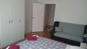 Apartment HalvaDom - фото 6