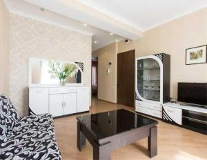 Brand New Apartment with Terrace, Apartments  Tbilisi City - big - 27