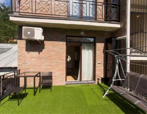 Brand New Apartment with Terrace, Apartments  Tbilisi City - big - 1