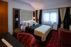 Hotel President - фото 21