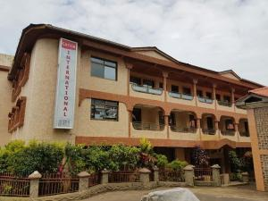 Catco International Hotel