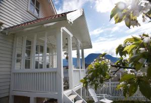 Villa Solvorn - Accommodation
