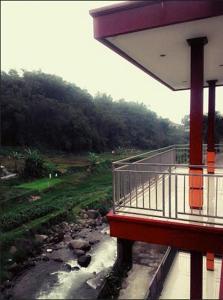 Faal Resort ( Lembah Ciliwung )