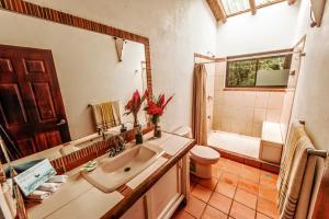 Hotel Atrapasueños, Отели  Santa Teresa Beach - big - 37