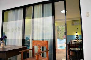 Lagunde Beach Resort, Курортные отели  Ослоб - big - 28