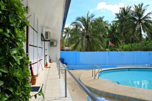 Lagunde Beach Resort, Курортные отели  Ослоб - big - 18