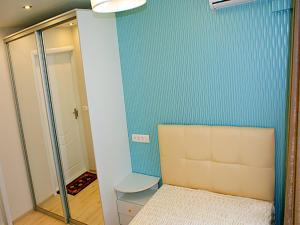 City Rent Apartment on Kalinina 100-41
