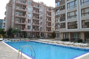 Balkan Breeze 7 One bedroom Apartment EH, Apartmanok  Napospart - big - 3