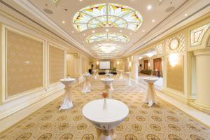 Отель Fairmont Grand Hotel Kyiv - фото 25