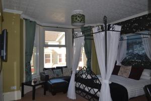 Holmlea, Penzióny  Blackpool - big - 12