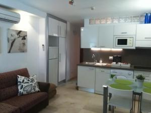 hyra lägenhet spanien året runt