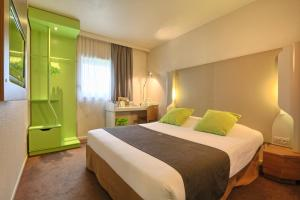 Париж - Hotel Campanile Roissy