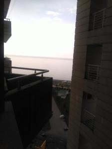 Sky-G Apartment, Apartmanok  Batumi - big - 1