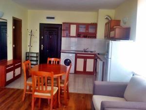 Bulgarienhus Semiramida Garden Apartments, Appartamenti  Sunny Beach - big - 2