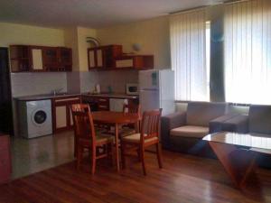 Bulgarienhus Semiramida Garden Apartments, Appartamenti  Sunny Beach - big - 9