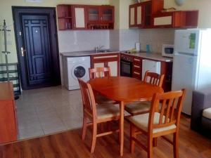Bulgarienhus Semiramida Garden Apartments, Appartamenti  Sunny Beach - big - 10