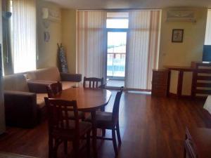 Bulgarienhus Semiramida Garden Apartments, Appartamenti  Sunny Beach - big - 11