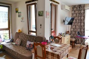 Balkan Breeze 7 One bedroom Apartment EH, Apartmanok  Napospart - big - 15