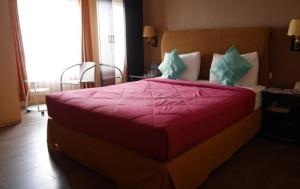 THE Hotel Samarinda