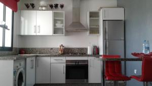 Résidence Galets sur Mer, Apartments  Dar Bouazza - big - 4