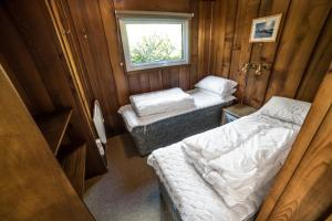 Timber Hill Self Catering Cedar Lodges, Dovolenkové domy  Broad Haven - big - 12