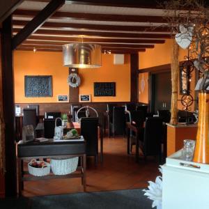 Hotel Brasserie Typisch, Hotely  Kell - big - 33