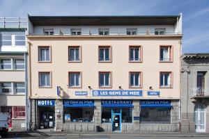 Hôtel Les Gens De Mer Brest by Poppins