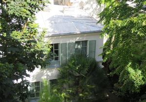 Париж - Hotel Eldorado
