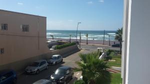 Résidence Galets sur Mer, Apartments  Dar Bouazza - big - 14