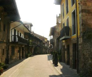 Apartamentos Rurales La Villa de Piedra