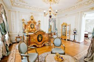 Napoleon Palace