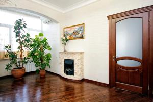 Comfort in Historical Center of Odessa, Apartments  Odessa - big - 51