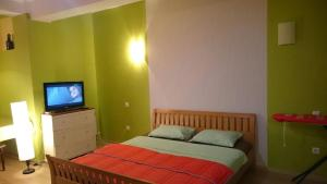 Апартаменты На Ауэзова 163, Алматы