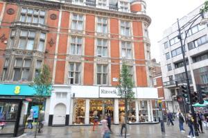 Oxford Street, Gilbert Court