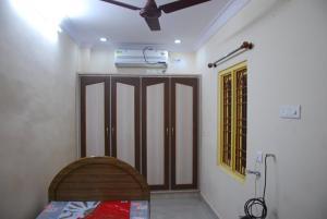 Sai Balajee's Oriental Hut, Hotel  Visakhapatnam - big - 5