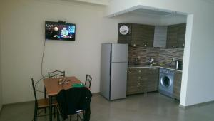 Apartment on Parnavaz Mepe 2-94, Apartments  Batumi - big - 1