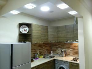 Apartment on Parnavaz Mepe 2-94, Apartments  Batumi - big - 19