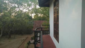 Weaver Bird Villa, Гостевые дома  Хабарана - big - 16
