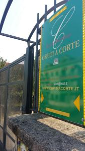 Bed & Breakfast ospiti a corte, Bed and Breakfasts  Giffoni Valle Piana - big - 19