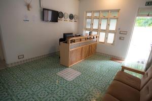 Alimas Inn, Guest houses  Thoddoo - big - 8