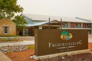 Fredericksburg Inn and Suites, Hotely  Fredericksburg - big - 38