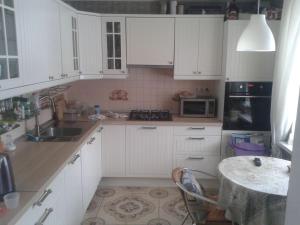 Guest House on Kabanovskaya 2A