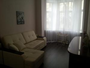 Apartment on Sadovaya-Triumfalnaya 6