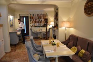 Mini Hotel Morskoy, Gasthäuser  Sochi - big - 38