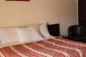 Leisure Lodge Hotels, Hotely  Freetown - big - 29