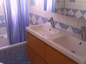 Rafina Sea View Luxury, Apartmanok  Rafína - big - 13