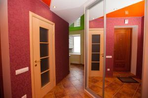 Апартаменты Roomba, Апартаменты  Полтава - big - 9