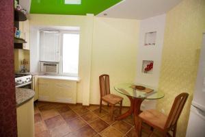 Апартаменты Roomba, Апартаменты  Полтава - big - 10