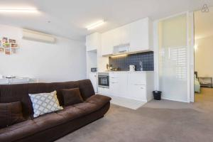 A'Beckett Apartment - Melbourne CBD, Victoria, Australia
