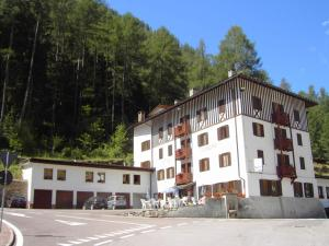 Hotel Europa, Hotels  Peio Fonti - big - 1